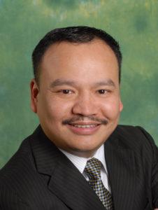 2004年會長 孫賢益
